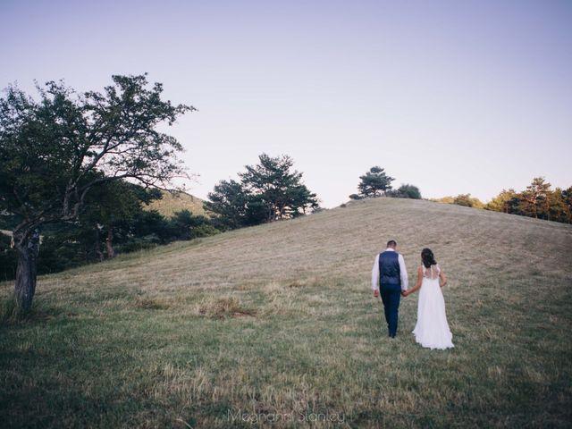 Le mariage de Fabien et Isabelle à Nyons, Drôme 55