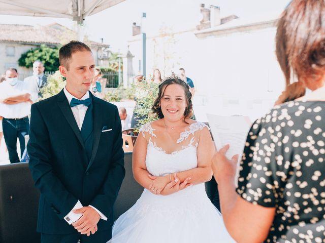 Le mariage de Thomas et Laura à Montussan, Gironde 11