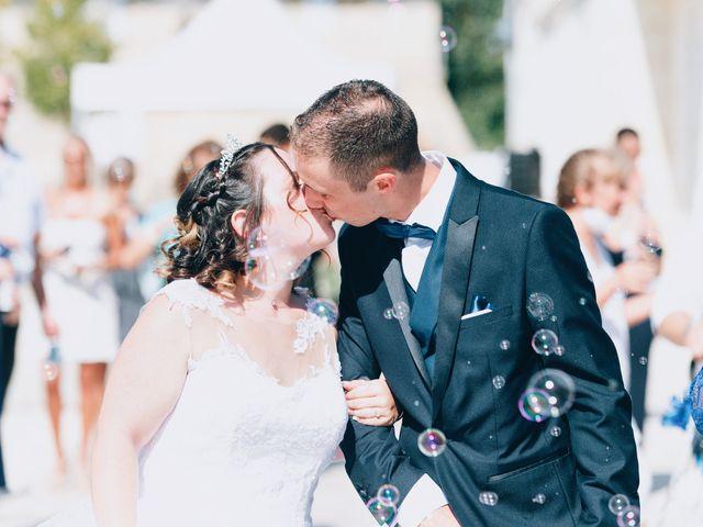 Le mariage de Thomas et Laura à Montussan, Gironde 14