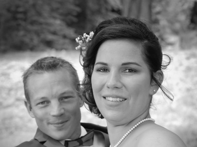 Le mariage de Anthony et Justine à Roye-sur-Matz, Oise 15