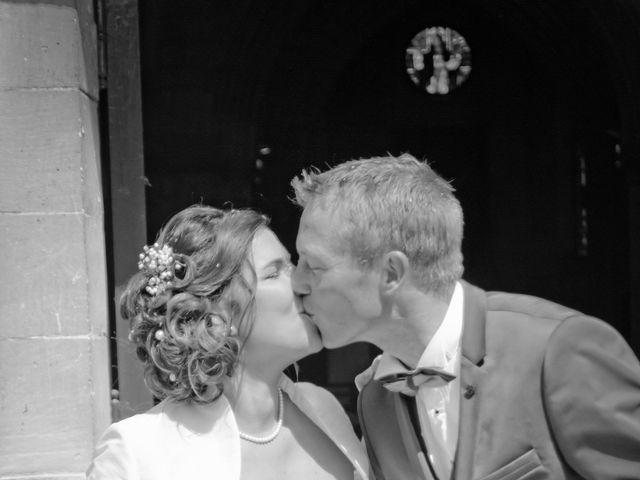 Le mariage de Anthony et Justine à Roye-sur-Matz, Oise 33