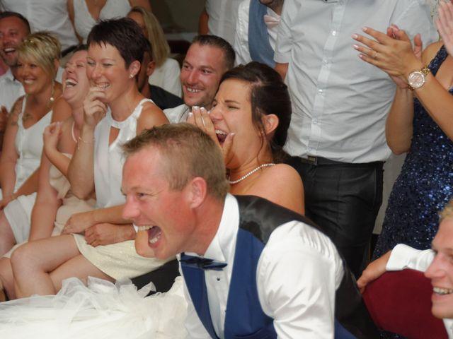 Le mariage de Anthony et Justine à Roye-sur-Matz, Oise 45