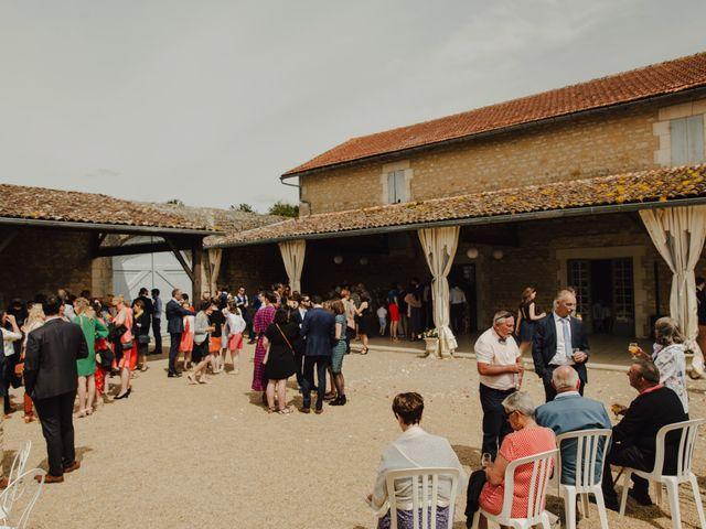 Le mariage de Aurélien et Marie à Marennes, Charente Maritime 61
