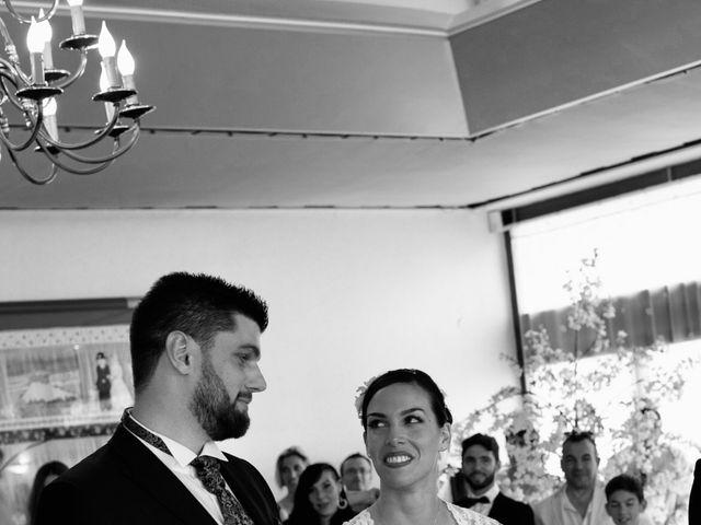 Le mariage de Vivien et Joanna  à Puget-sur Argens, Var 6