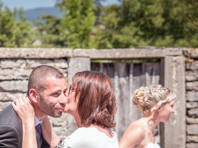 Le mariage de Aurélien et Camille à Villebois, Ain 28