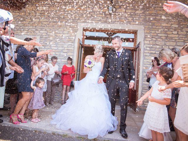 Le mariage de Aurélien et Camille à Villebois, Ain 32