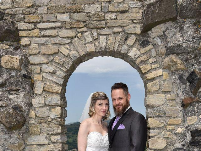 Le mariage de Bastien et Sandra à Villeneuve-de-Berg, Ardèche 7