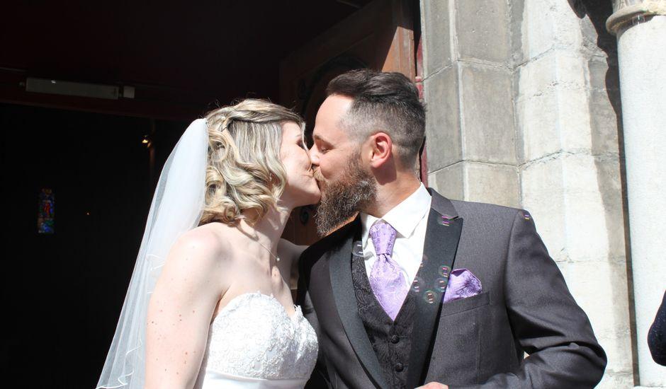 Le mariage de Bastien et Sandra à Villeneuve-de-Berg, Ardèche
