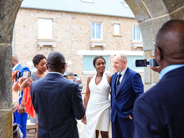 Le mariage de Sylvain et Magalie à Erquy, Côtes d'Armor 6