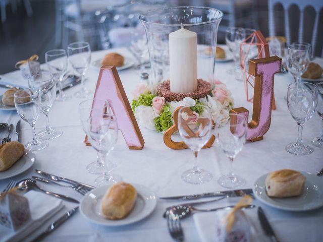 Le mariage de julien et Anamaria à Angoulême, Charente 23