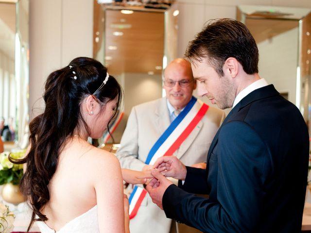 Le mariage de Jérémie et Ti-Na à Noisy-le-Grand, Seine-Saint-Denis 13