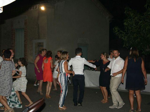 Le mariage de Christophe et Émilie  à Magrie, Aude 10