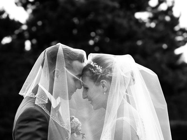 Le mariage de Florian et Laura à Sainte-Geneviève-des-Bois, Essonne 32