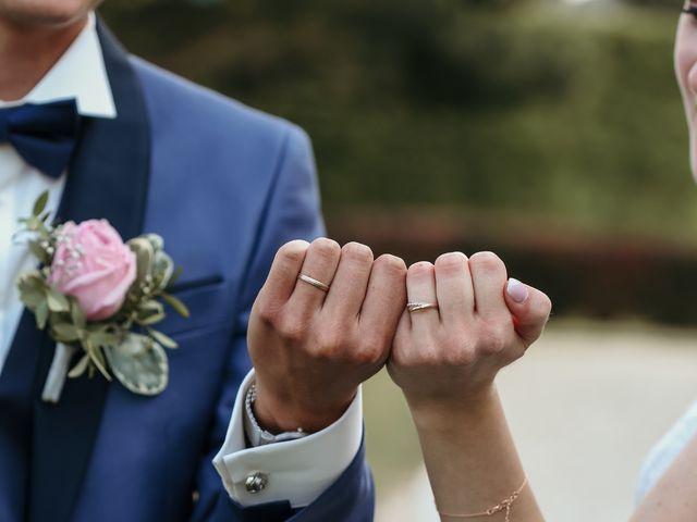 Le mariage de Florian et Laura à Sainte-Geneviève-des-Bois, Essonne 33