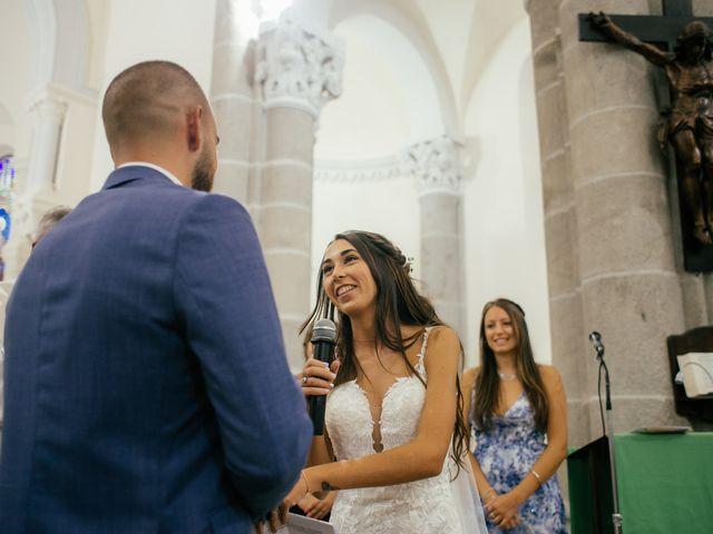 Le mariage de Bastien et Léa à L'Étrat, Loire 9
