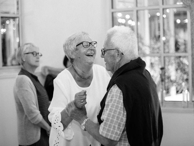 Le mariage de Bastien et Léa à L'Étrat, Loire 39