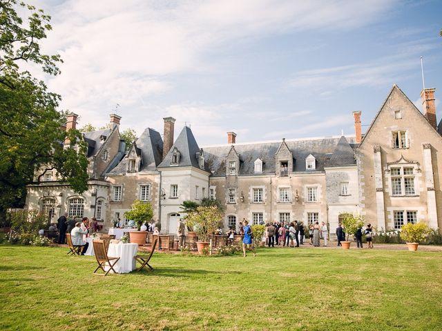 Le mariage de Jonathan et Mathilde à Tours, Indre-et-Loire 32