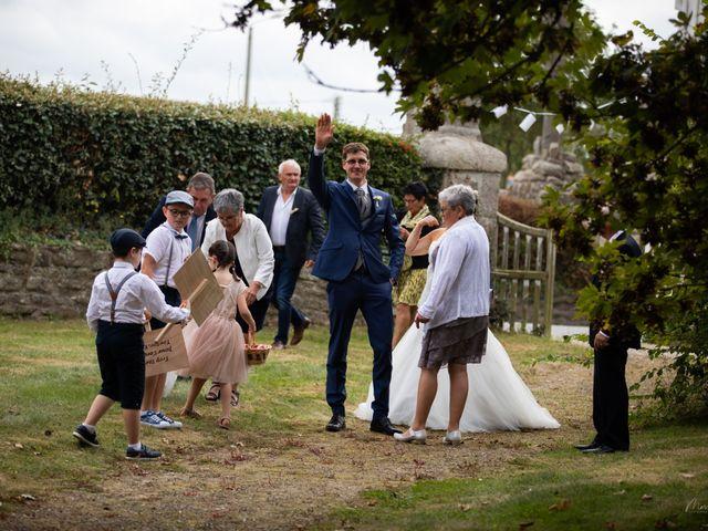 Le mariage de Jean-Christophe et Mylène à Kerlouan, Finistère 24
