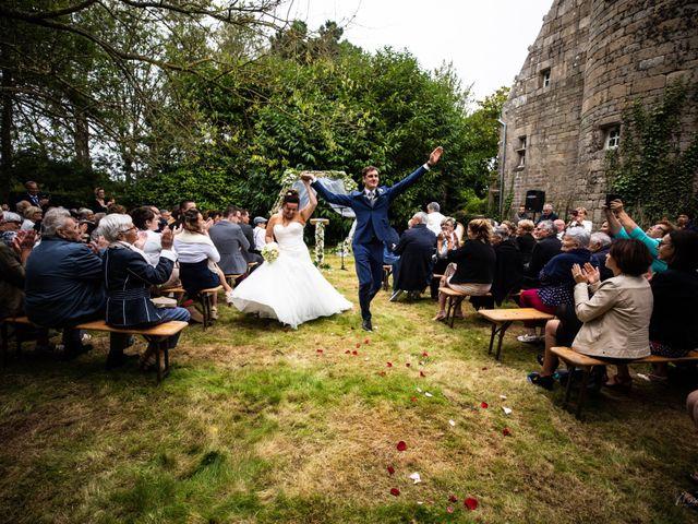 Le mariage de Jean-Christophe et Mylène à Kerlouan, Finistère 35