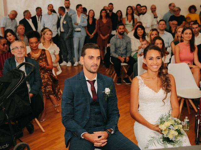 Le mariage de Bastien et Jessica à Marseille, Bouches-du-Rhône 14