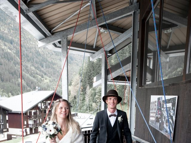 Le mariage de Florent et Mathilde à Les Contamines-Montjoie, Haute-Savoie 24