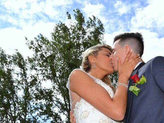 Le mariage de Leslie et Jona à Houdan, Yvelines 19