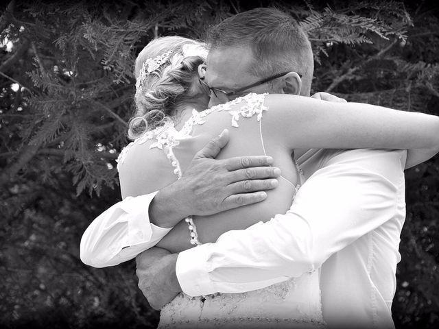 Le mariage de Leslie et Jona à Houdan, Yvelines 27