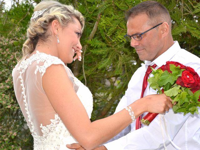 Le mariage de Leslie et Jona à Houdan, Yvelines 32