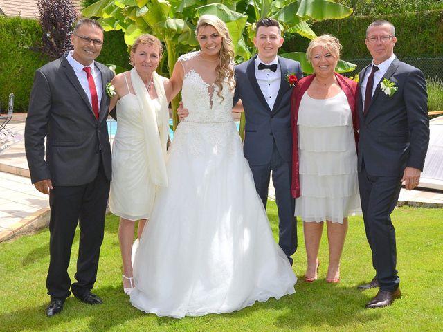Le mariage de Leslie et Jona à Houdan, Yvelines 35