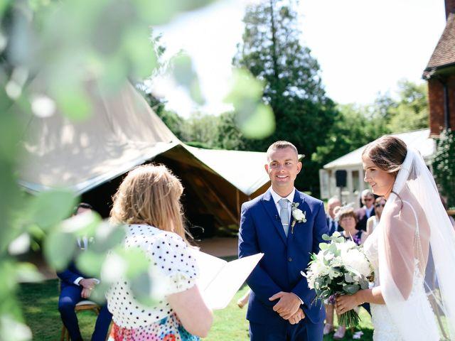 Le mariage de Paul et Hannah à Granville, Manche 11