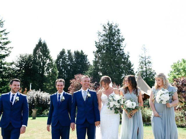 Le mariage de Paul et Hannah à Granville, Manche 12