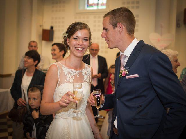 Le mariage de Alexis et Marine à Voiteur, Jura 14