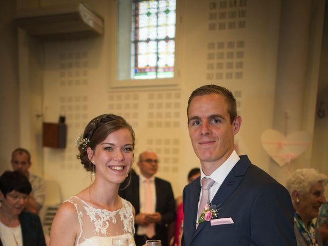Le mariage de Alexis et Marine à Voiteur, Jura 16