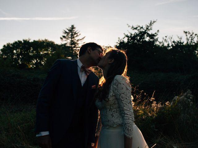 Le mariage de Adrien et Sarah à Plomelin, Finistère 15