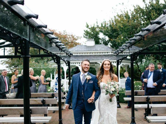 Le mariage de Stewart et Kara à Chessy, Seine-et-Marne 12
