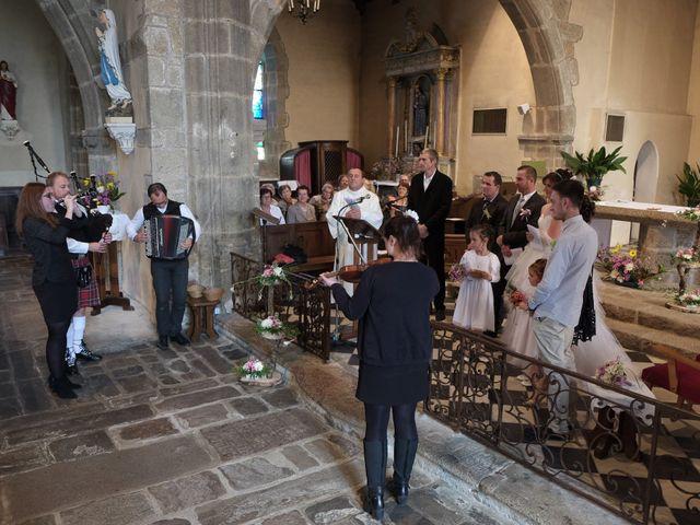 Le mariage de Valérie et Dominique à Larchamp, Mayenne 11