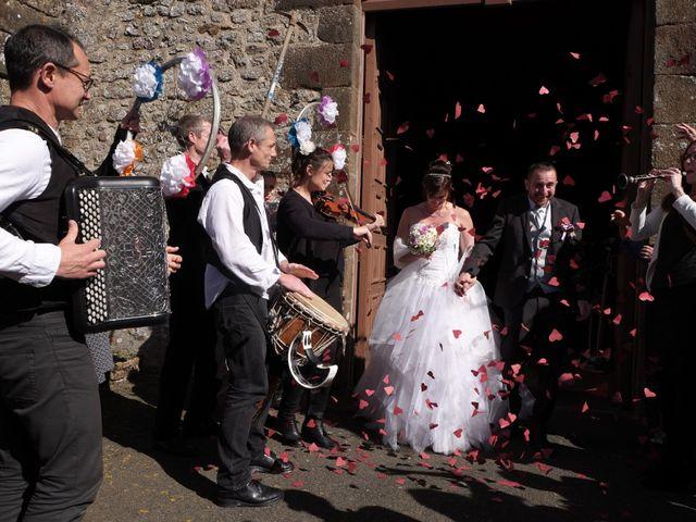 Le mariage de Valérie et Dominique à Larchamp, Mayenne 16