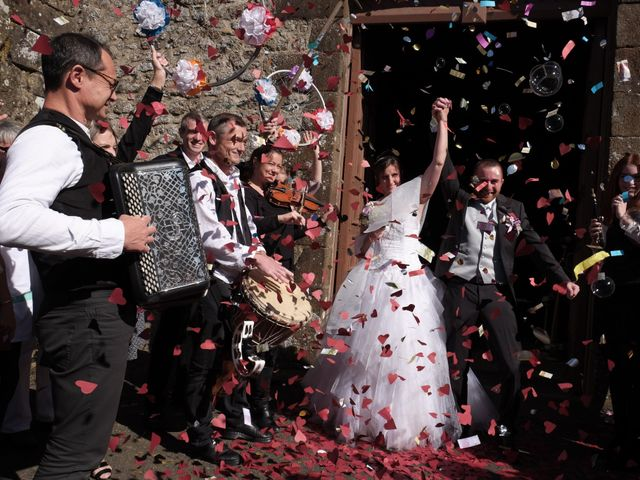 Le mariage de Valérie et Dominique à Larchamp, Mayenne 17
