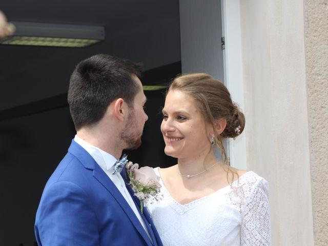 Le mariage de Antoine et Priscillia à Le Boullay-Mivoye, Eure-et-Loir 32