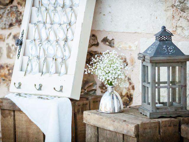 mariage julie matthieu de la grange de renneville. Black Bedroom Furniture Sets. Home Design Ideas