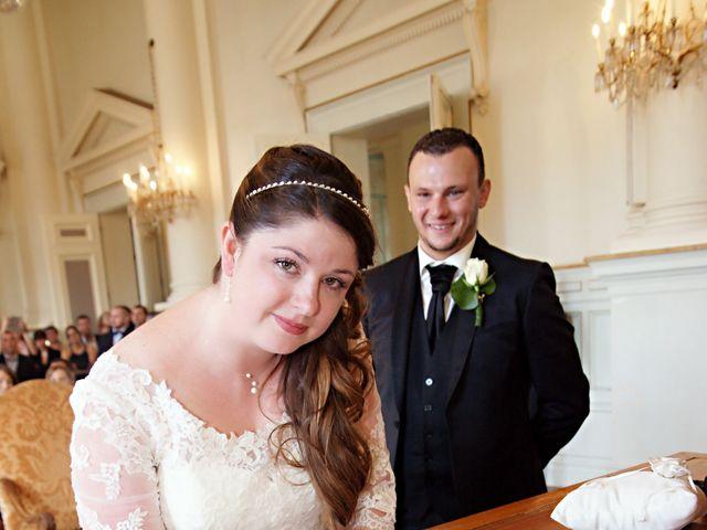 Le mariage de JEREMY et PRESCILLA à Saint-Pierre-du-Vauvray, Eure 11