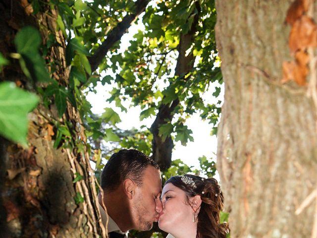 Le mariage de JEREMY et PRESCILLA à Saint-Pierre-du-Vauvray, Eure 41