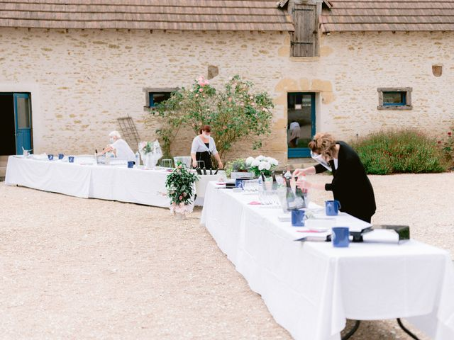 Le mariage de Fabrice et Aurélie à Vendoeuvres, Indre 2