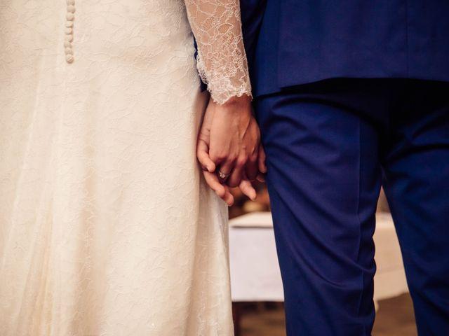 Le mariage de Baptiste et Sarah à Morannes, Maine et Loire 8