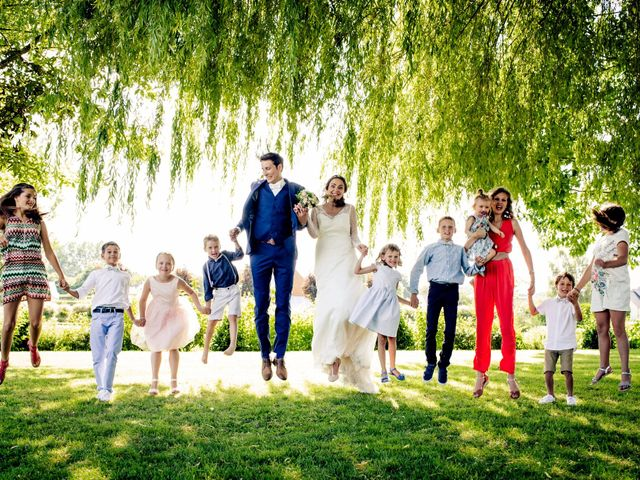 Le mariage de Baptiste et Sarah à Morannes, Maine et Loire 11