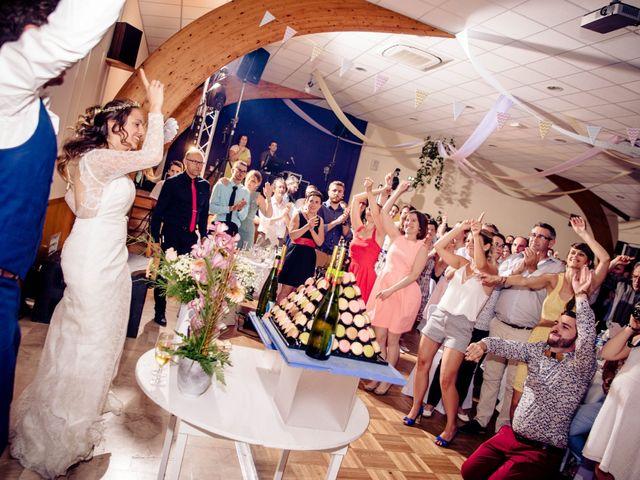 Le mariage de Baptiste et Sarah à Morannes, Maine et Loire 28