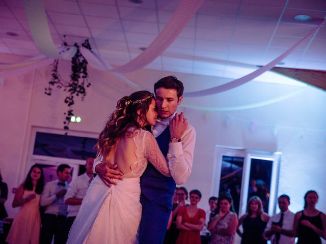 Le mariage de Baptiste et Sarah à Morannes, Maine et Loire 29