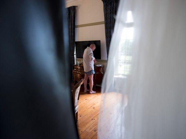 Le mariage de Tarran et Kate à Thuret, Puy-de-Dôme 25