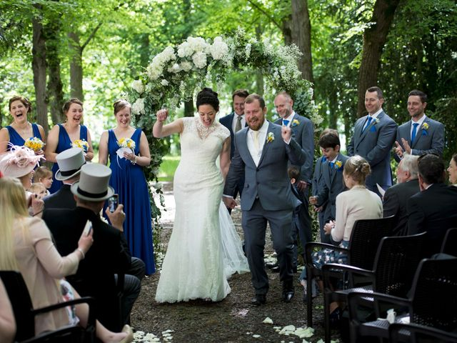 Le mariage de Tarran et Kate à Thuret, Puy-de-Dôme 52