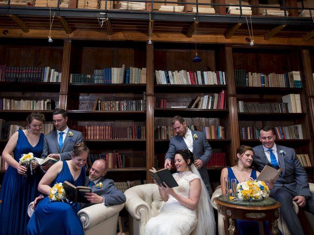 Le mariage de Tarran et Kate à Thuret, Puy-de-Dôme 56